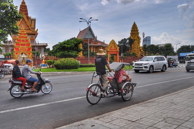 Private Car Transfers From Vietnam To Cambodia