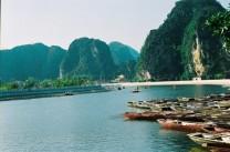 Car rental from Ha Noi to Ha long bay